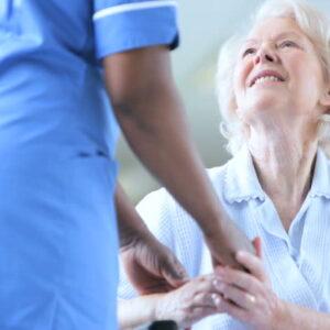 Đổi mới phong cách và thái độ phục vụ của nhân viên y tế