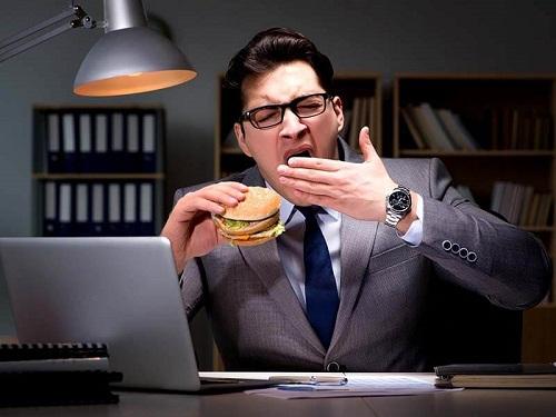 Hậu quả của việc ăn tối quá muộn - PHÒNG KHÁM QUỐC TẾ EXSON