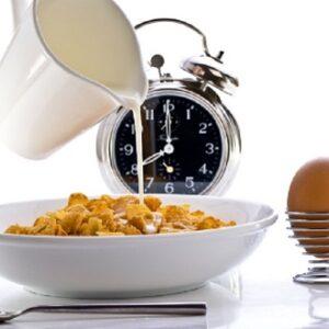 Nên ăn uống thế nào ở từng thời điểm trong ngày?